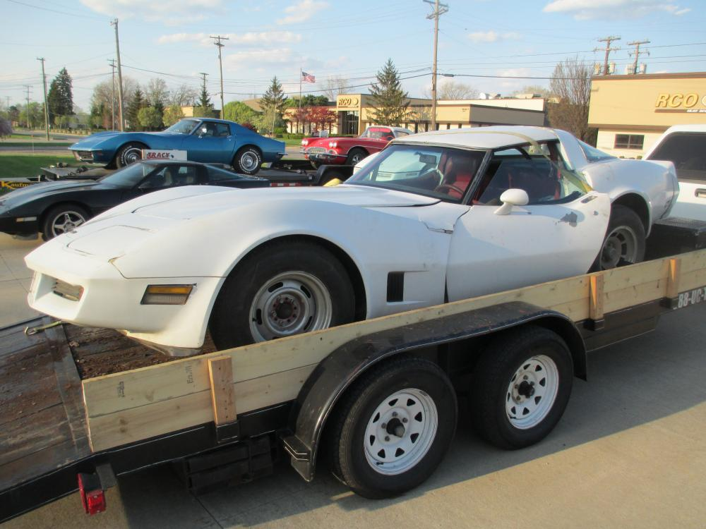 1981 Corvette Coupe L81 350 Auto Transmission Complete Car For Parts, Rough