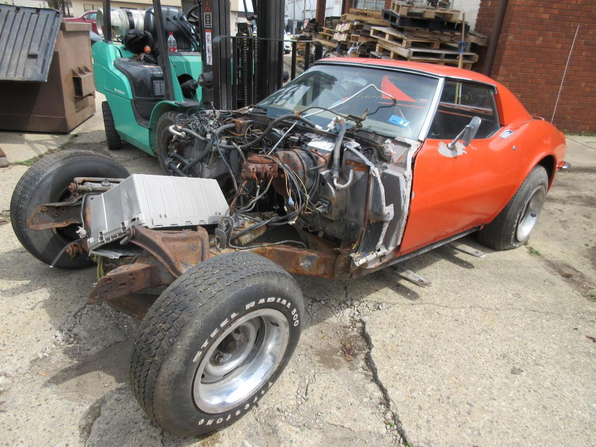 1971 Corvette Red/Orange Coupe Parts Car was 350 Auto PS PB AC